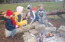 Weihnachtsbaummarkt Ravensburg - Lagerfeuer für Kinder